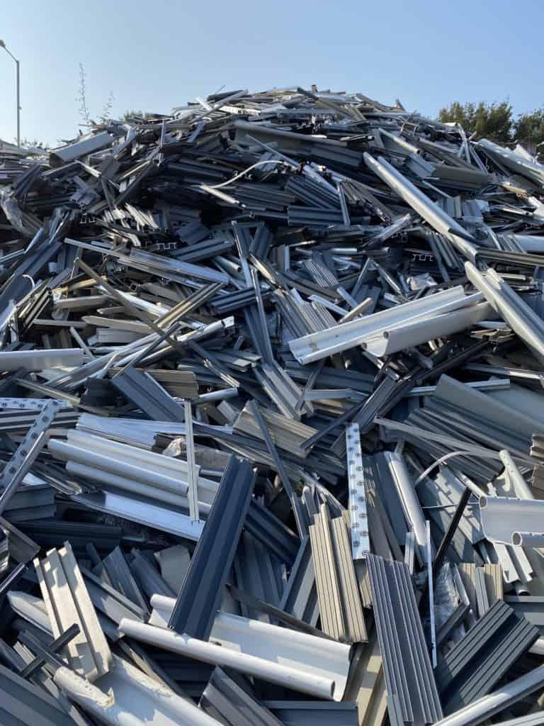 aluminium pile